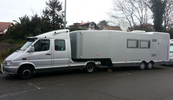 semi remorque vl camping car tracteur agricole. Black Bedroom Furniture Sets. Home Design Ideas