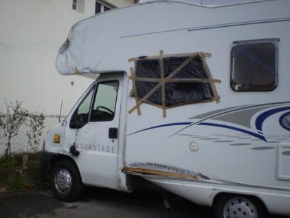 camping car h s ccomaroc. Black Bedroom Furniture Sets. Home Design Ideas